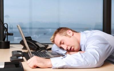 6 วิธีแก้ง่วงในที่ทำงานโดยไม่ต้องพึ่งกาแฟ